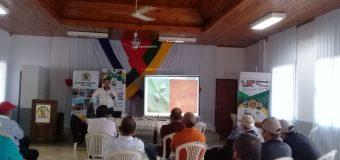 Ciclos de Charlas sobre plan de producción de hortaliza y manejo de tambo lechero